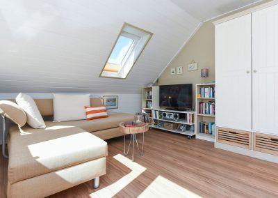 Couch + TV | Ferienwohnung Langeoog