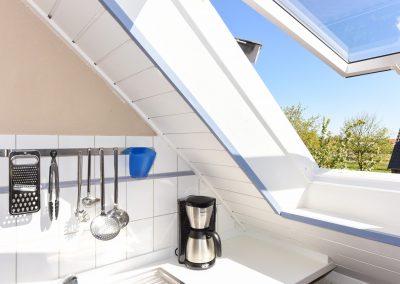 Helle Küche| Ferienwohnung Langeoog